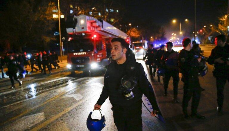 Мощный взрыв в центре Анкары: 28 погибших и 61 раненый
