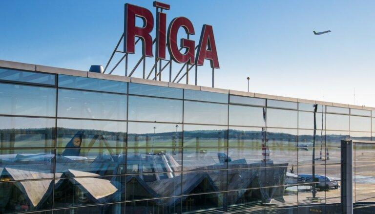 Līdz ar pasažieru plūsmas palielināšanos lidosta 'Rīga' pieņem atpakaļ arvien vairāk atlaisto darbinieku