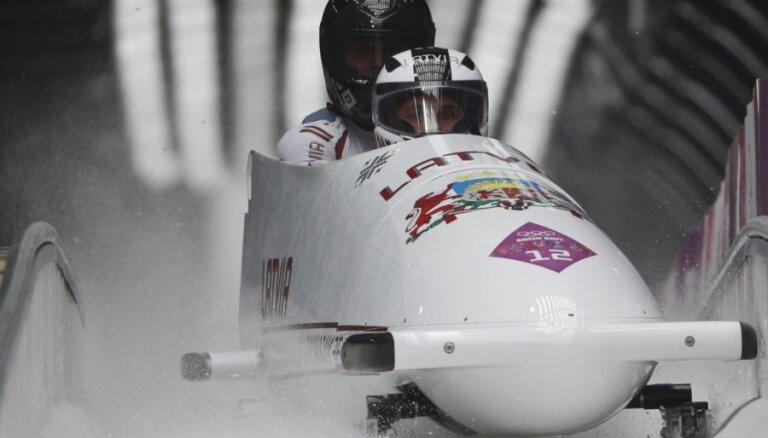 Три экипажа из Латвии в топ-10, Мелбардис и Дрейшкенс— вторые