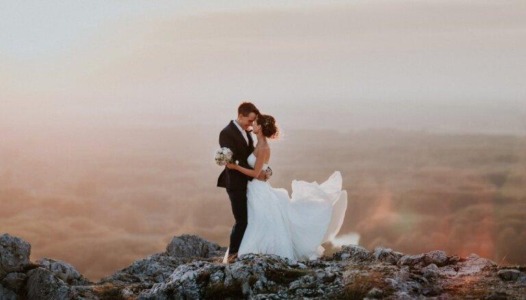 ФОТО. 42 свадьбы за 20 лет. Как эстонские студенты находят свое счастье, продавая книги в Америке