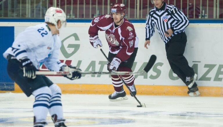 Rīgas 'Dinamo' un 'Admiral' spēlē labots KHL rekords