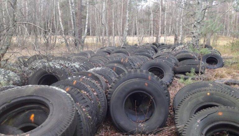 С территории природного парка Папес вывезено более 100 тонн старых покрышек