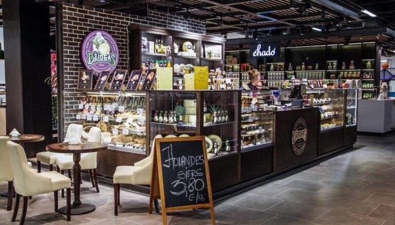 'Rīga Plaza' līdz 11. janvārim būs atvērti aptuveni 40% veikalu