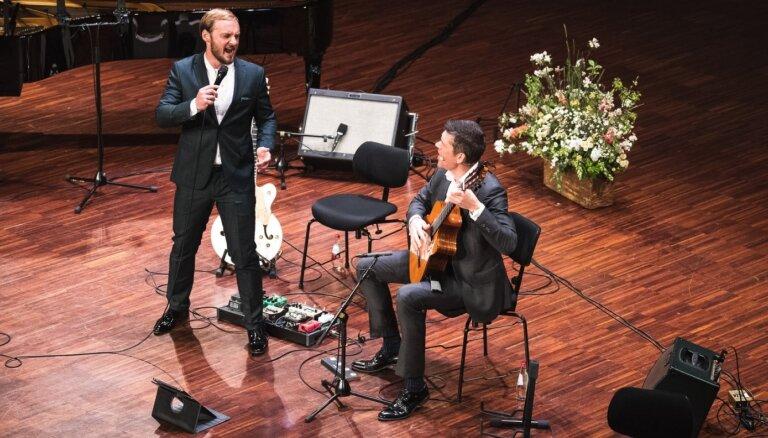 Foto: Ar koncertu Liepājā nosvinēta Imanta Kalniņa dzimšanas diena
