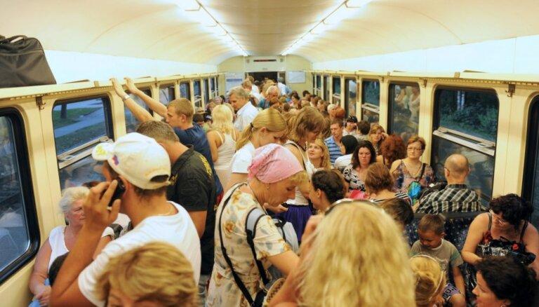 Elektrovilcienu kustība Tukuma līnijā atjaunota; tiks prasīti paskaidrojumi no 'Latvijas dzelzceļa'