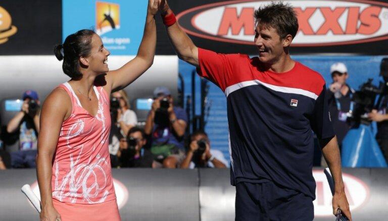 Mājinieki Gajdosova/Ebdens uzvar Austrālijas atklātā čempionāta jauktajās dubultspēlēs