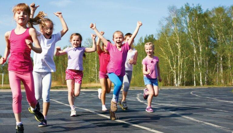 Nekrist galējībās: kāda fiziskā slodze bērnam nāks par labu un kāda kaitēs