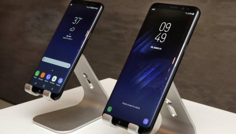Пользователи Samsung пожаловались на невозможность удалить Facebook со смартфонов