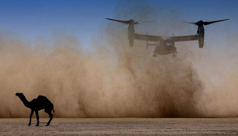 ASV apsver 120 000 karavīru nosūtīšanu uz Tuvajiem Austrumiem; ES aicina ievērot savaldību