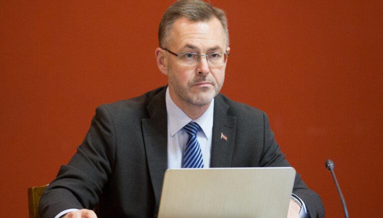 """За пять дней до выборов в """"Единство"""" вернулись Лоскутов и Далдерис"""