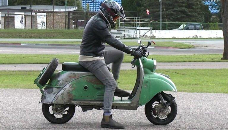 Pauls Timrots izmēģina 50. gadu 'Tula' motorolleru ar mūsdienu KTM motoru