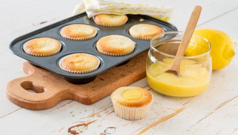 Десертные кремы из лимонов, ванили и даже облепихи: как приготовить и где использовать