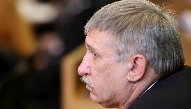 Koalīcija vēl nedēļu iekšēji spriedīs par Bordāna ieceri vērtēt Kalnmeiera atbilstību amatam