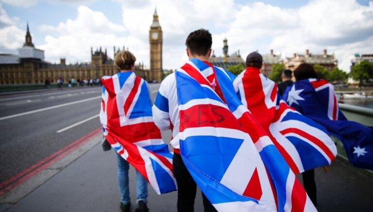 23 декабря. Выселение латвийца из Британии, захват авиалайнера и ликвидация террориста