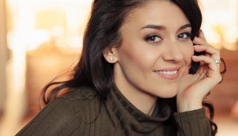 Perīna Madefa: 'Spēcīgākais veids, kā vienot cilvēkus, ir mūzika'