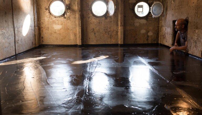 Mākslas centrā 'Noass' atklās Kirila Panteļejeva izstādi '5 istabas'