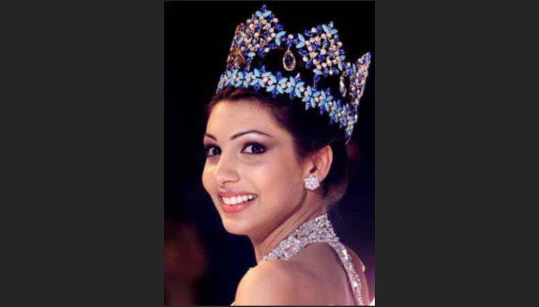 """Konkursā """"Mis Pasaule"""" uzvarējusi Indijas pārstāve"""