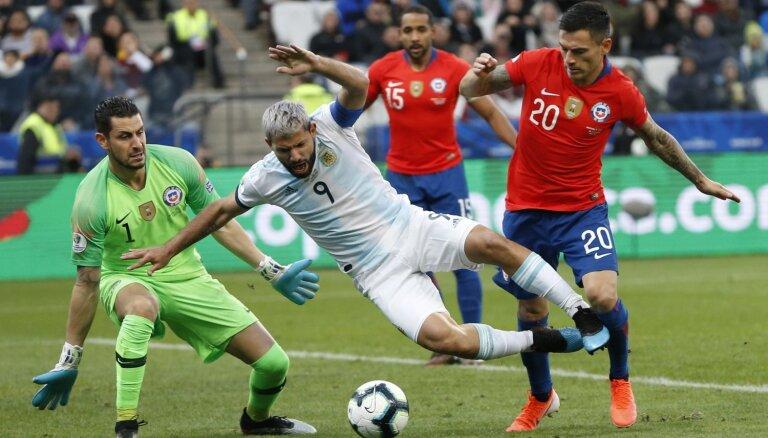 Mesi noraidījums netraucē Argentīnai izcīnīt trešo vietu 'Copa America'