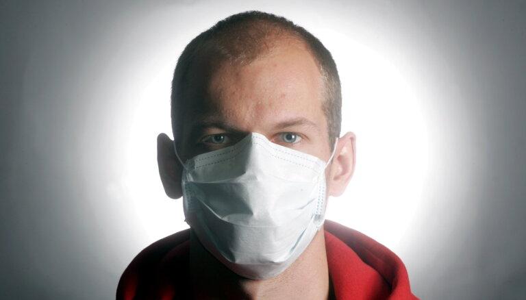 СКУ: если Covid-19 выйдет из-под контроля, маски придется носить и на работе