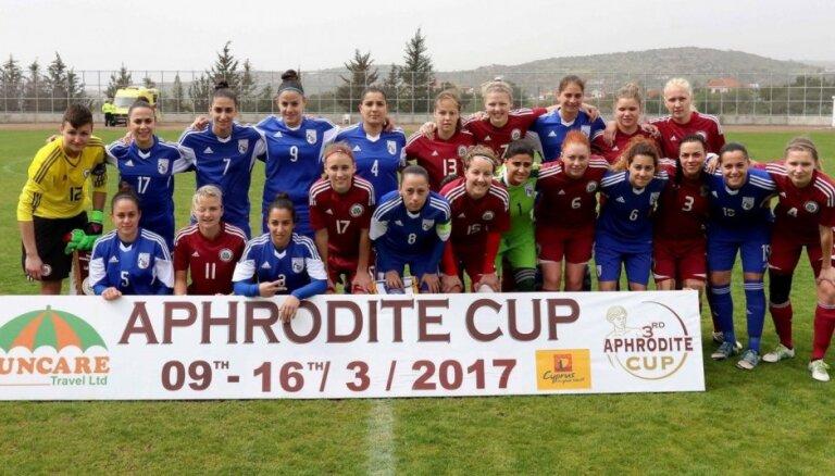 Latvijas sieviešu futbola izlase ar uzvaru pār Kipru nodrošina spēli par pirmo vietu 'Aphrodite Cup' turnīrā