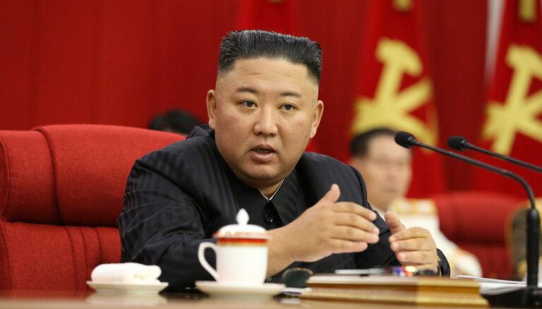 Ziemeļkoreja pārraidījusi iedzīvotāju bažas par Kima novājēšanu
