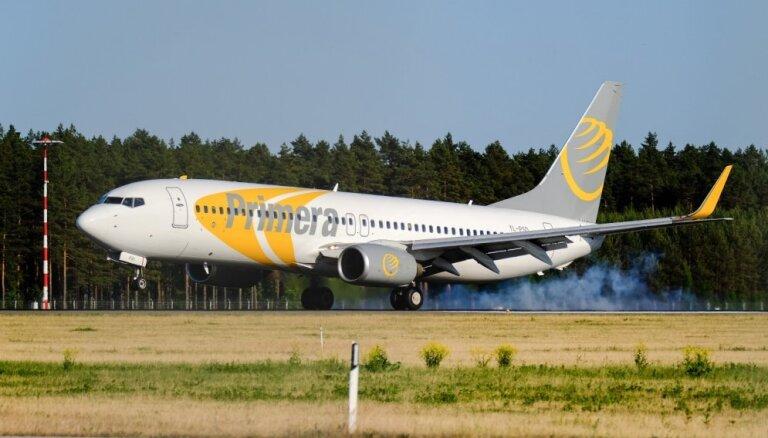 Latvijā bāzētā zemo cenu aviokompānija 'Primera Air' paziņojusi par lidojumu pārtraukšanu un bankrotu