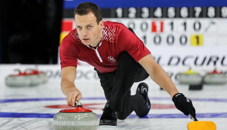 Latvijas kērlingisti ar uzvaru noslēdz pasaules čempionātu jauktajiem pāriem