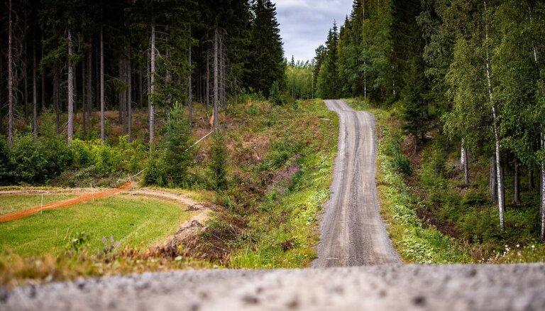 Sesks Somijas rallija pirmajā ātrumposmā ieņem ceturto vietu
