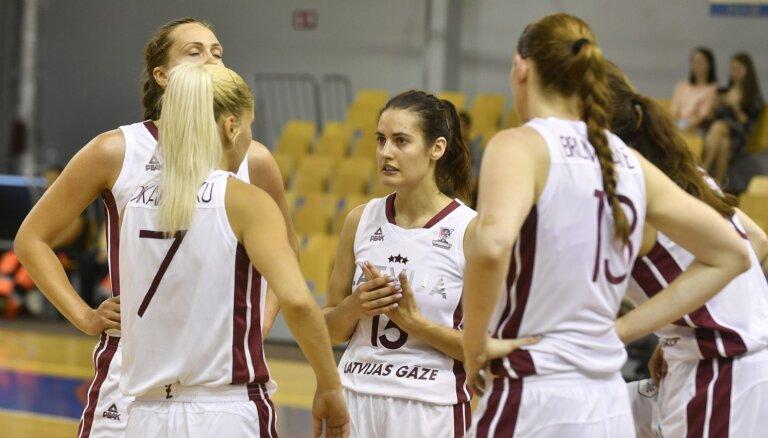 Zviedrijas basketbolistes kļūst par Latvijas izlases pretiniecēm Eiropas čempionāta astotdaļfinālā