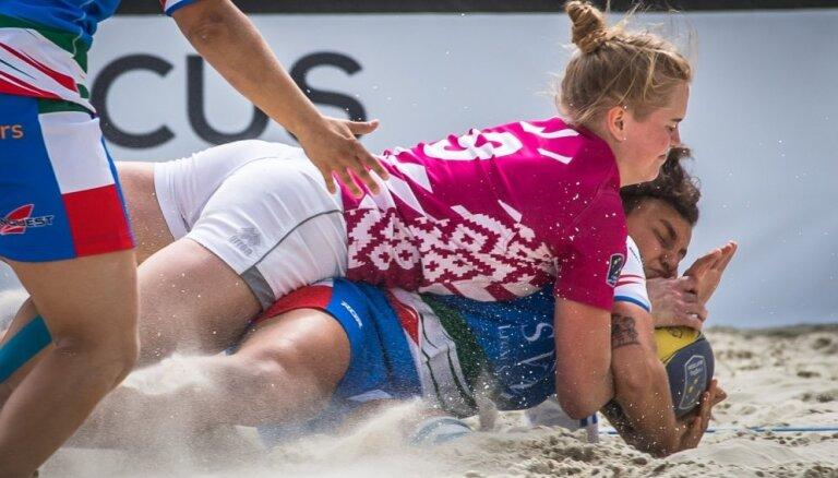 LOK Ētikas komisija nevērtēs Latvijas sieviešu pludmales regbija izlases gozēšanos partijas kreklos sacensībās Maskavā