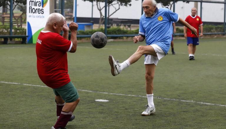 А ну-ка, дедушки: футбол для тех, кому за 60 (но до 90)