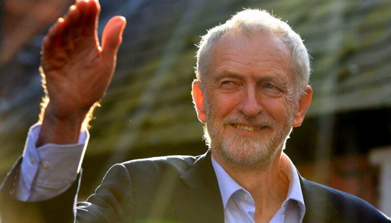 Leiboristu līderis Korbins saka jāvārdu atkārtotam 'Brexit' referendumam