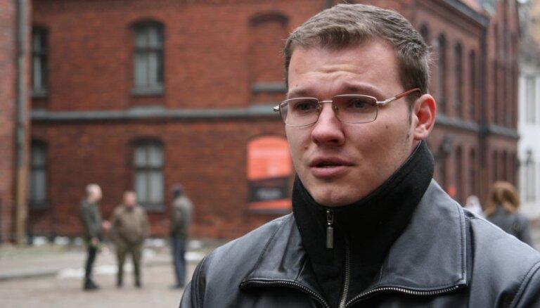 Dzintars: nacionālās apvienības politiķi godinās leģionārus 16.martā; vēl nav izlemts par 'formu'