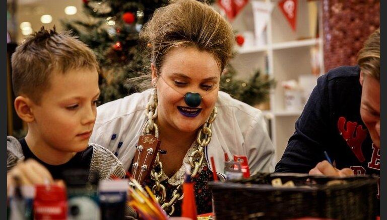 Доктора-клоуны готовятся к открытию благотворительного магазина: поддержать их может каждый