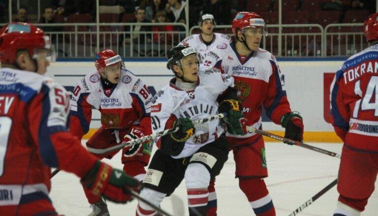 Latvijas hokeja izlase pārbaudes spēlē atkārtoti tiekas ar Krieviju