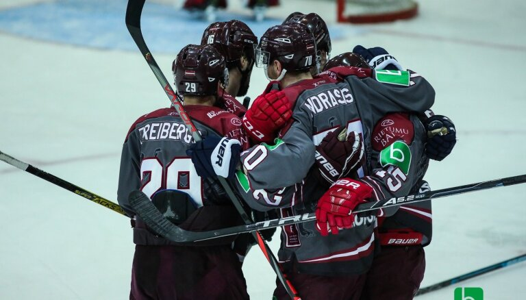 Сборная Латвии по хоккею победила Францию на Турнире четырех наций