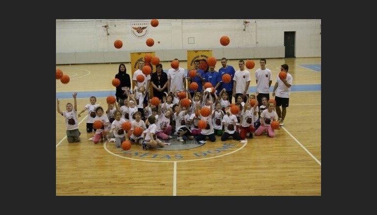 'Basketbols aicina' - sezona sākas Rūjienā