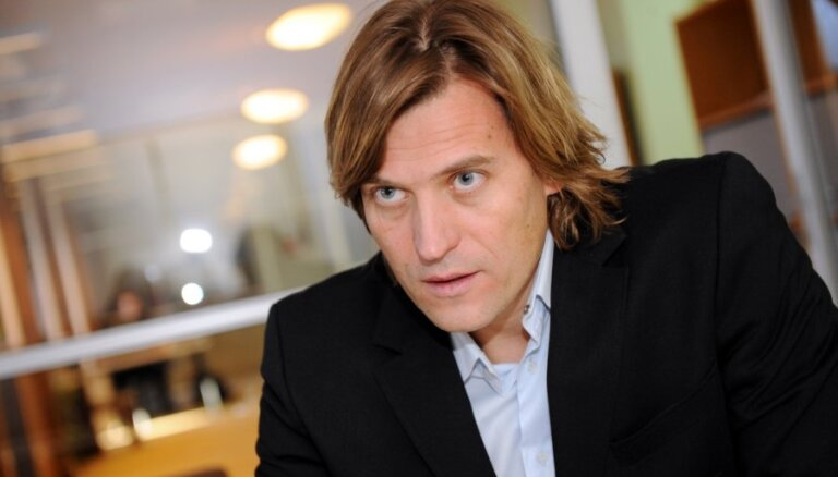 Скандально известный глава Латвийской федерации плавания ушел в отставку