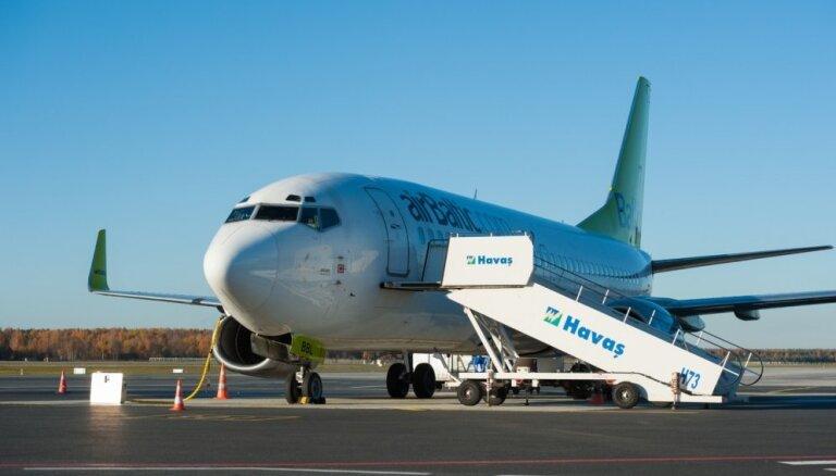 airBaltic отменила полеты в Брюссель до вторника