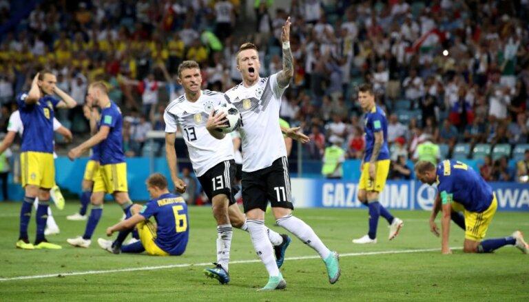 Cборная Германии наказана за празднование победного гола перед скамейкой шведов