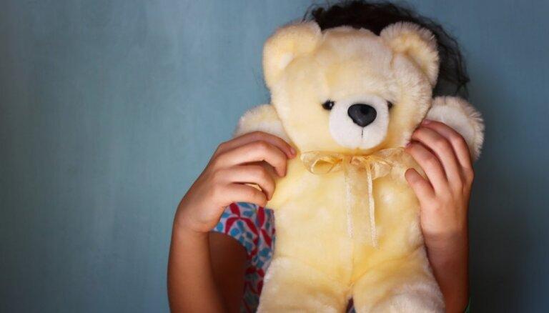 Bijusī VBTAI vadītāja: Latvijā netiek nodrošinātas pat bērnu pamattiesības