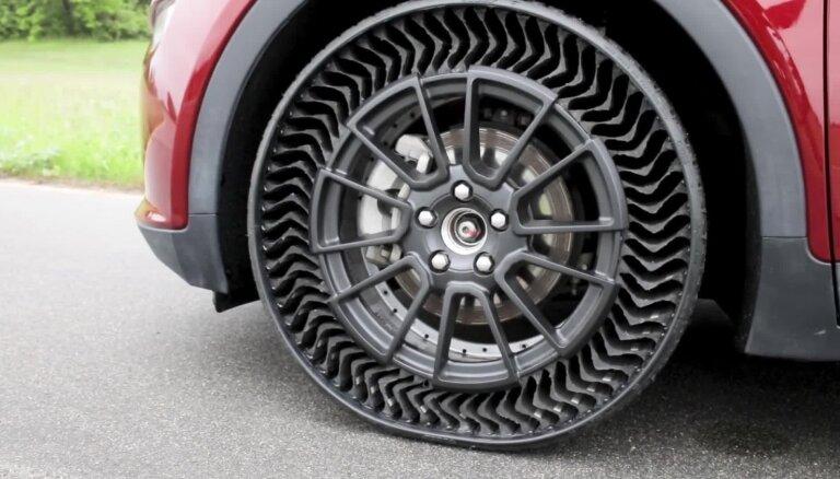 'General Motors' saviem auto piedāvās riepas ar gumijas spieķiem