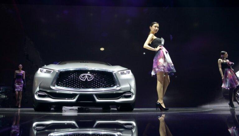 Jaunu auto tirdzniecībai Ķīnā pērn vairāk nekā 20 gados pirmais kritums