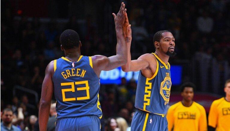 'Warriors' par kašķi ar Durantu uz vienu spēli diskvalificē Grīnu