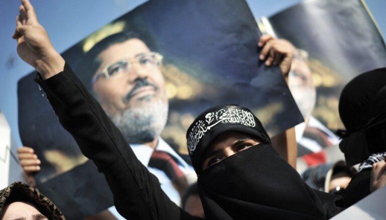 Gāztā Ēģiptes prezidenta Mursi prāvu skatīs janvārī