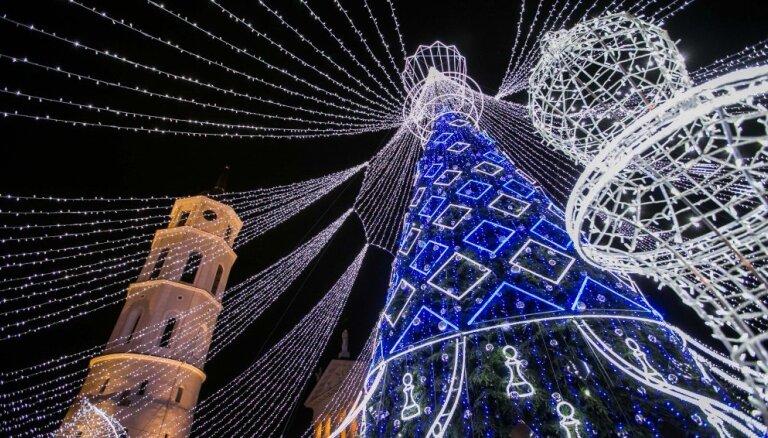 Ziemassvētki un gadumija Viļņā: svarīgākie datumi un vietas svētku sajūtas ķeršanai