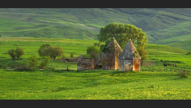 Ноева гробница, местный Мачу-Пикчу и ханские дворцы: 6 лучших мест в Азербайджане за пределами Баку