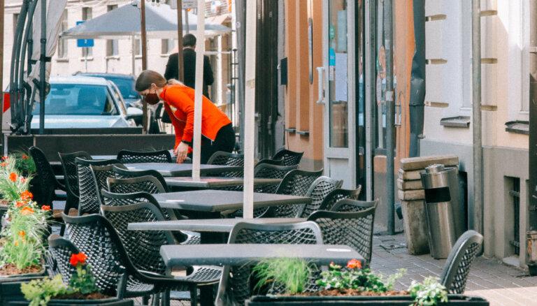 Латвийские кафе и рестораны с тревогой ждут зиму