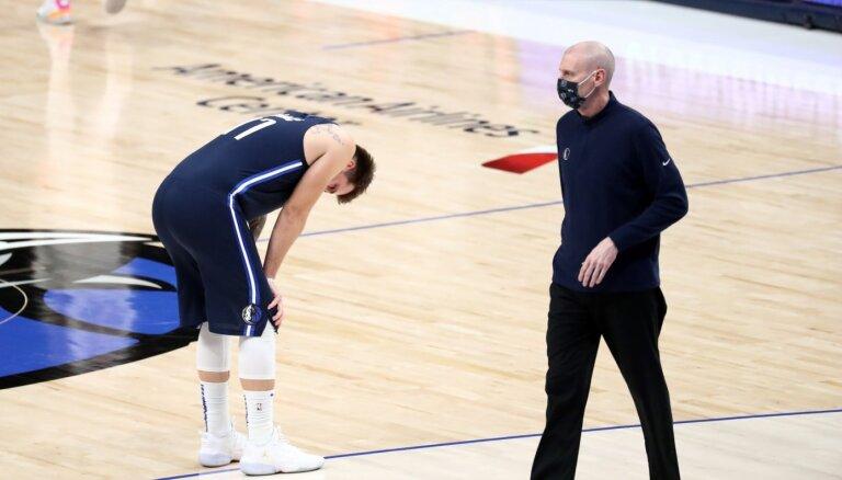 'Mavericks' treneris Kārlails uzņemas atbildību par kļūdu spēles izskaņā