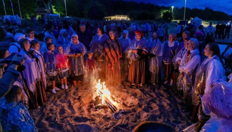 Notiks senās uguns nakts un folkloras festivāls 'Pa Saulei'